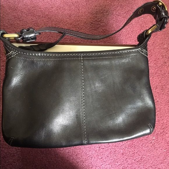 Authentic Coach bag Black leather coach bag slight wear and tear in great condition Coach Bags Shoulder Bags