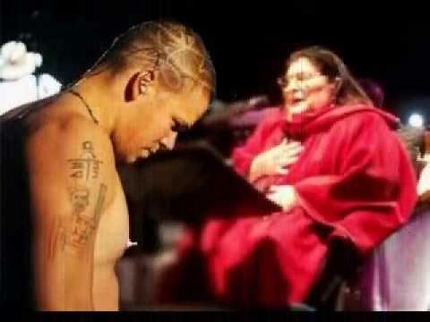 Cancion Para Un Nino De La Calle Mercedes Sosa Y Calle 13 Version