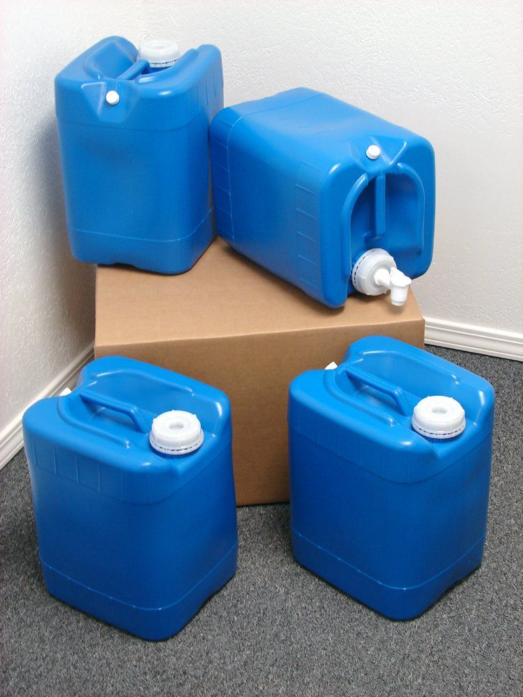 5 Gallon Samson Stackers 4 Pack 20 Gallons Emergency Water Storage Kit New Clean Boxed Free Water Storage Containers Water Storage Storage Kits