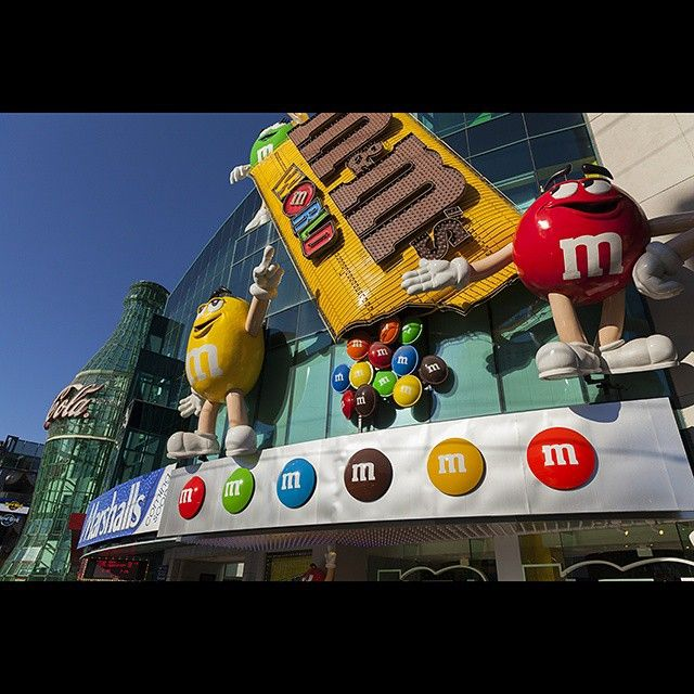 "vegas360: ""M&M world near the MGM on the Las Vegas strip. U can buy every kind of m&m candy and merchandise in this 3 level candy utopia.  #instagood #photooftheday #instalike #amazing #bestoftheday #nofilter #lasvegas #lasvegasstrip #hot_shotz #ig_exquisite #vegas #vegasnow #worldbestgram #splendid_shotz #visual_spotlight #m&m #m&mworld #mgmhotel"""