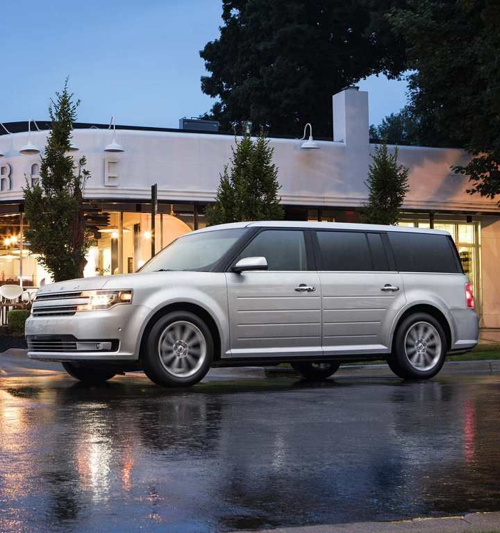 Side View Of Flex Limited In Ingot Silver Ford Flex Ford 2019 Ford
