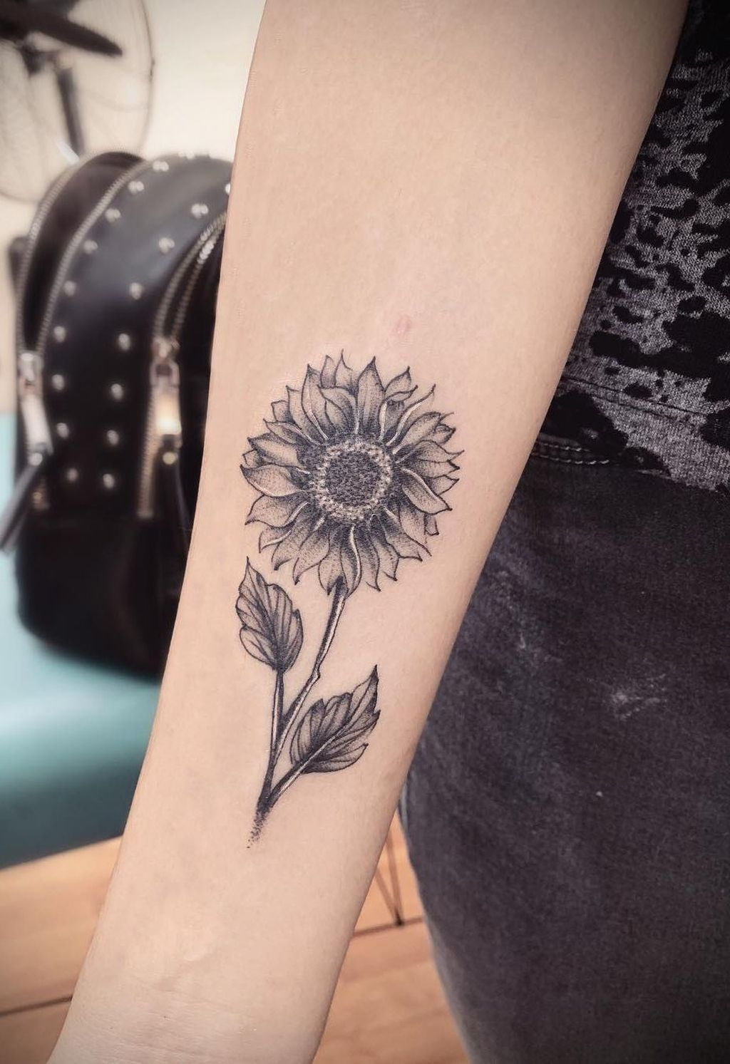 39 Impressive Black And White Sunflower Tattoo Ideas