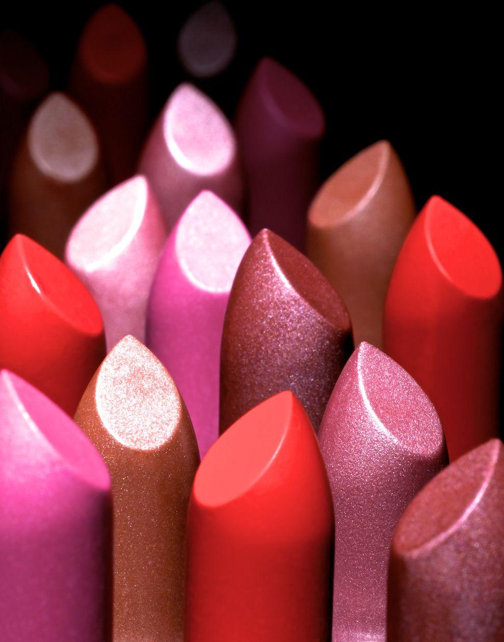 www.dennispedersen.com Product Photographer - Dennis Pedersen #Stilllife #Product #Photographer #Commercial #Advertising #Editorial #Creative #Beauty #Cosmetics #Makeup #Gloss  #Lipstick #red #pink #nude #Lips