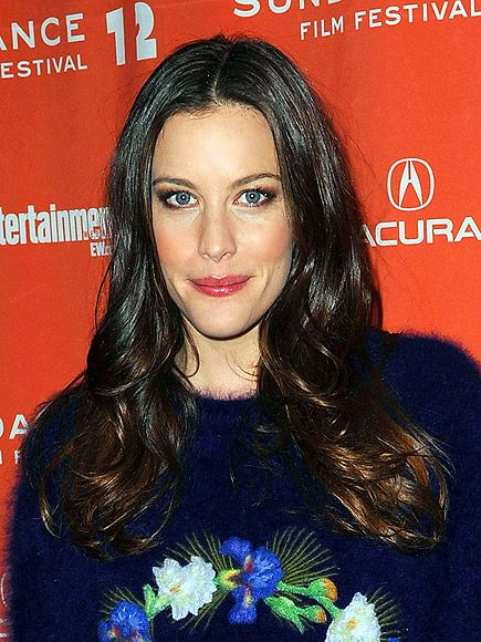 Remarkable Liv Tyler With Images Long Face Contour Oblong Face Shape Natural Hairstyles Runnerswayorg