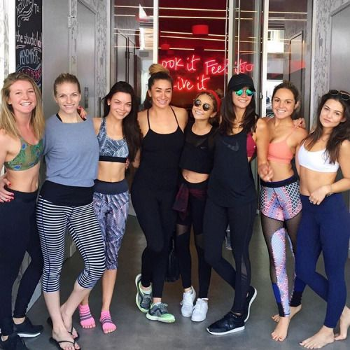 marymiller2323: Party class💪🎉 for my girl squad👭👭👭👭 @thestudiomdr !!! We are ready for the weekend🙌! Happy Saturday💋 #LookitFeelitLiveit®