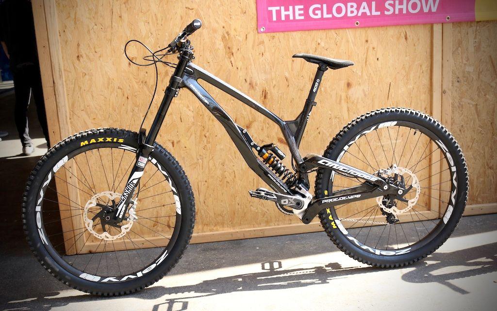 Antidote\'s Exotic Darkmatter Carbon DH Bike - Eurobike 2016 | Exotic ...