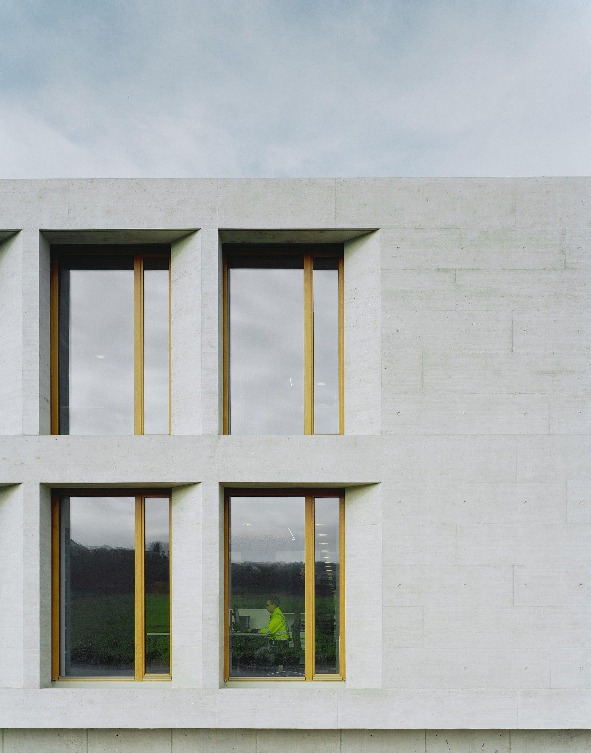 ADMINISTRATIVE AND SOCIAL BUILDING KARL KÖHLER by wittfoht ...