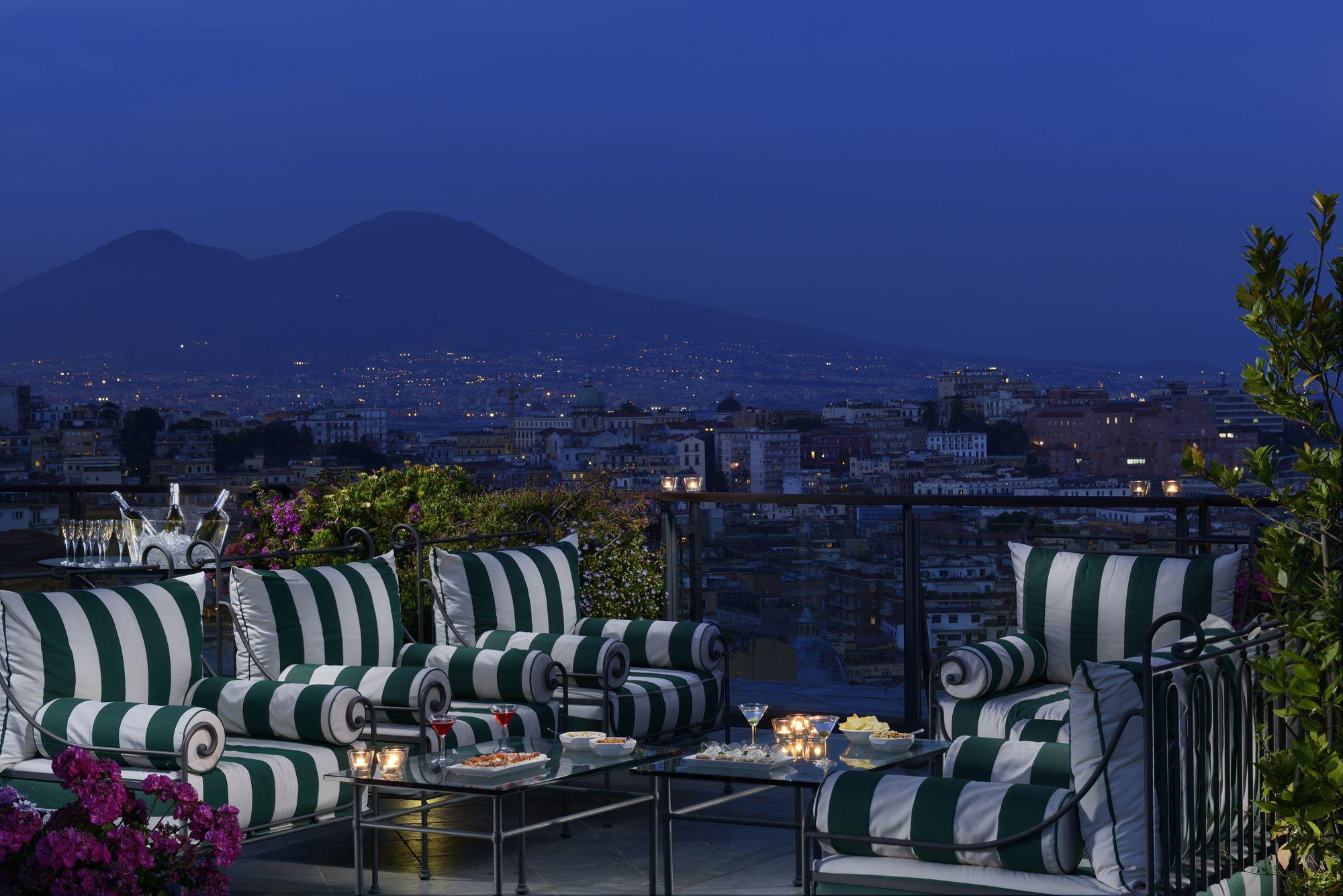 Terrazza Aperitivo Copia Italy Hotel Terrazzo Napoli