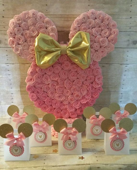 Pink and gold Minnie Mouse Piñata!!Gold Minnie Mouse Party favors ... 595fd6d8ca5
