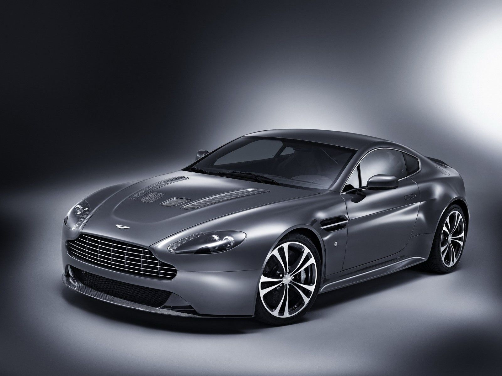 e52a94c70591c7cf386b9a080d4e5c4f Take A Look About aston Martin 2009 with Terrific Pictures Cars Review