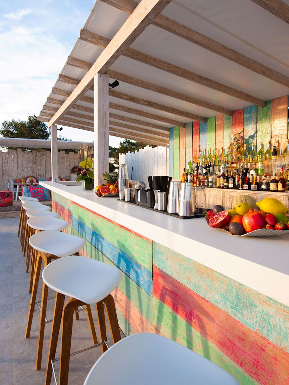 New boho luxe hotspot in ibiza patchwork restaurant sa for Design patchwork stuhl ibiza