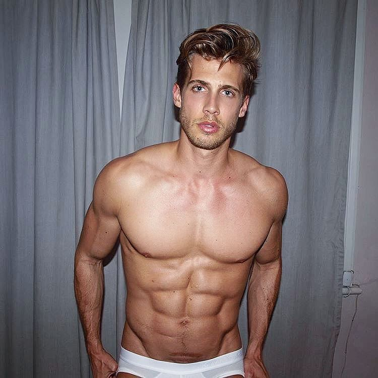 #FavoBoys   #MattLaw  Follow @mattclaw  #favoboy #boy #guy #men #man #male #handsome #dude #hot #cute #cuteboy #cuteguy #hottie #hotboy #hotguy #beautiful #instaboy #instaguy #fitboy #fitguy #shirtless  ℹ Also follow @FavoBoys