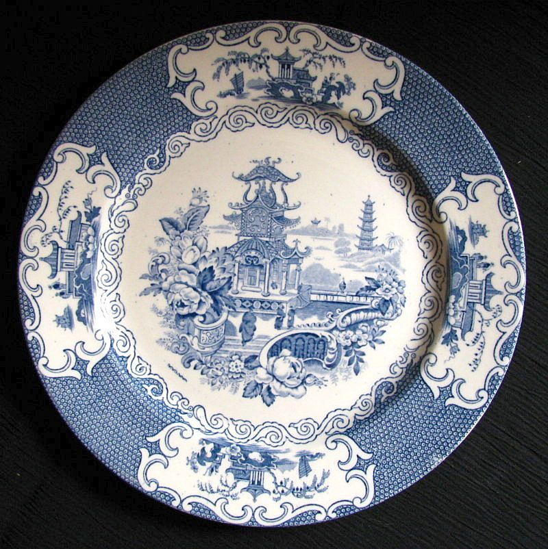 English Blue And White Willow Pattern Plate 50% OFF Blue & White Transfer Ware Pottery
