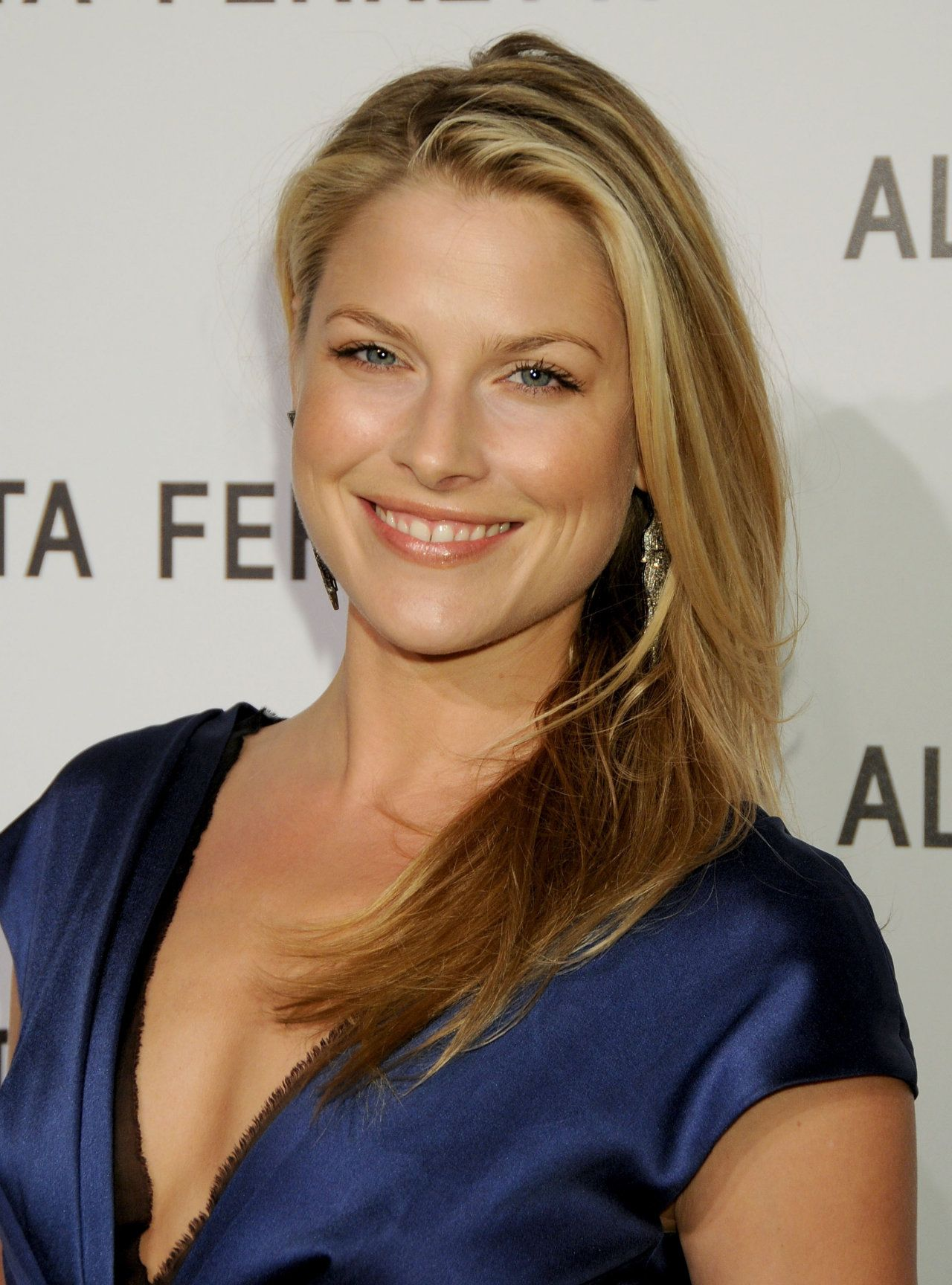 charming seductress ali larter  high-class lady the