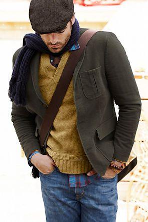 Slipoveri, takki, lippalakki ja laukku