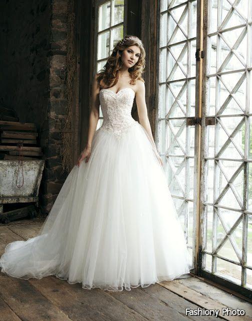 499ca8257aef VERA WANG WEDDING DRESSES - Handese Fermanda | vera wang | Princess ...