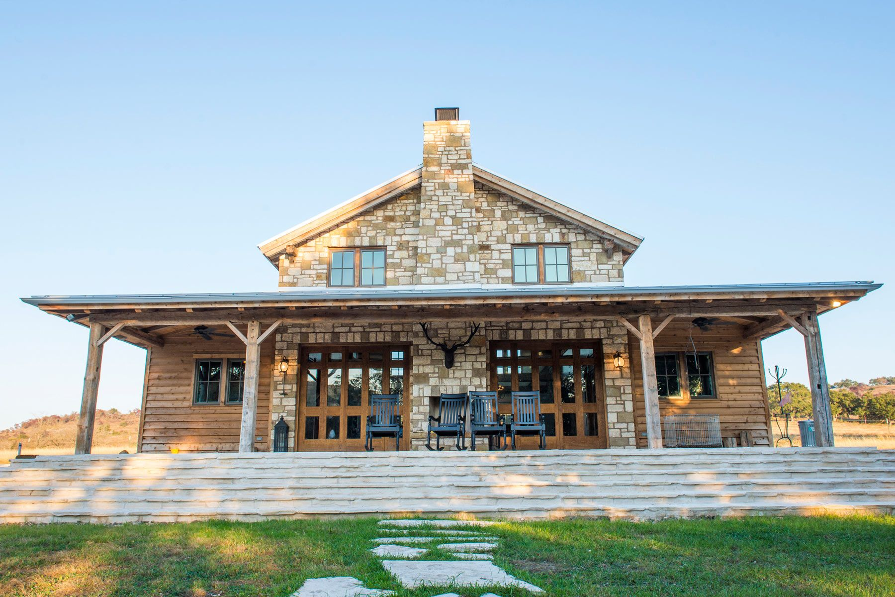 The River Hill Ranch Barn Home Is An Example Of The Architecture,  Woodcrafts, Blacksmithing, Fixture And Furniture Design Of The Community Of  Craftsmen At ...