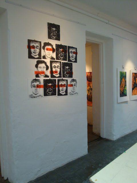 Esta exposicion de litografias y grabados se inauguro en la galeria de arte del Museo Maritimo de Ushuaia el Jueves 5 de Noviembre de 2009. La conforman mas de 360 obras de 65 artistas argentinos y austriacos. Estara abierta hasta el 26 de Noviembre de èste año. Es una excelente muestra digna de un espacio de tal magnitud.