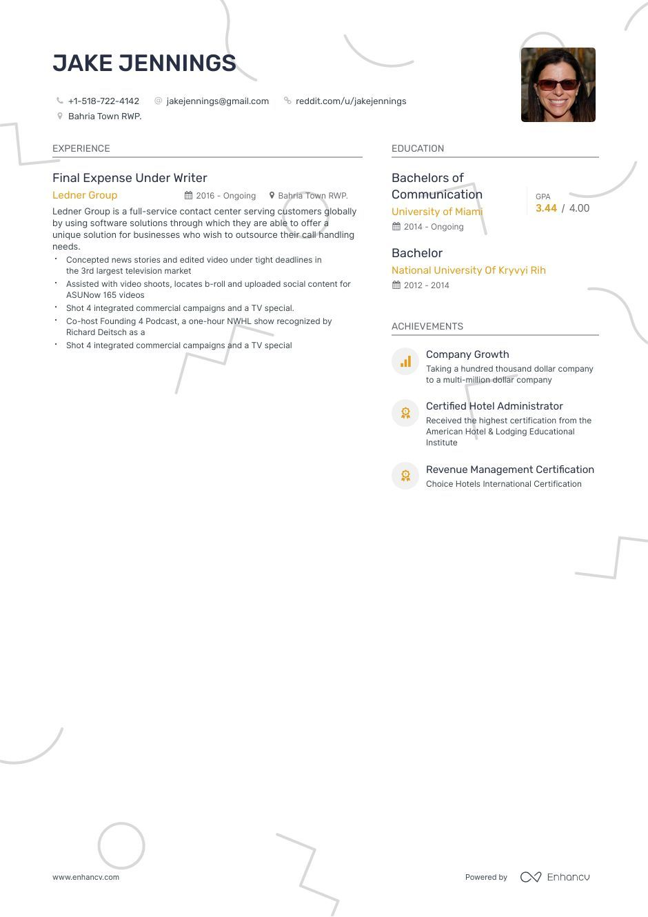 Freelancer Resume Examples and Skills You Need to Get
