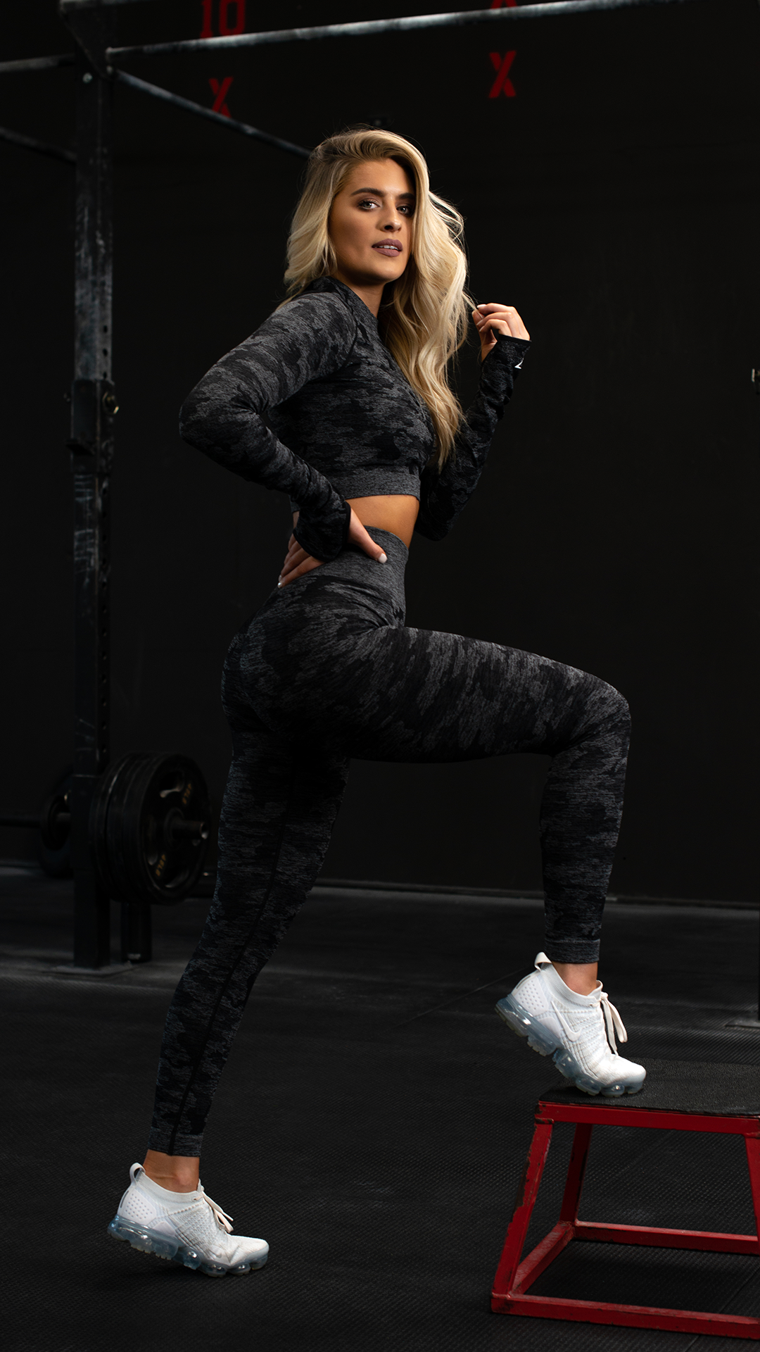 d31abcb5363509 Whitney Simmons, Gymshark Athlete works out in the gym in her favourite  collection, the Camo Seamless. #Gymshark #Gym #Sweat #Train #Perform # Seamless ...