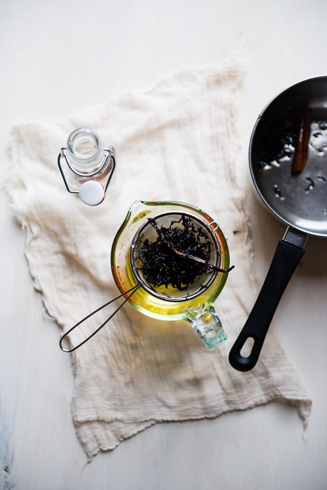 How to Infuse Body Oil 2 Ways | HelloNatural.co