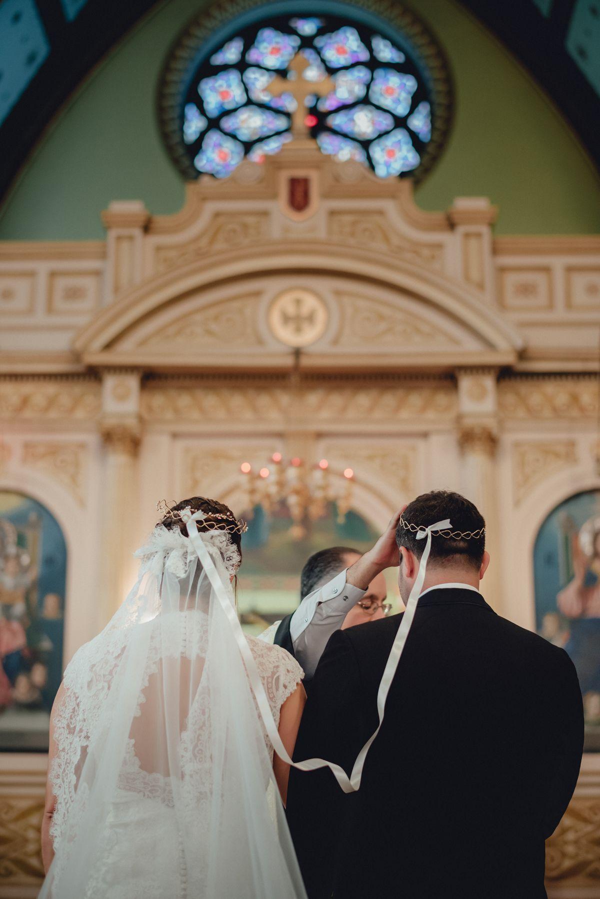 Stefana Ritual At A Greek Orthodox Wedding Crete For Love Orthodox Wedding Greek Wedding Traditions Greek Wedding
