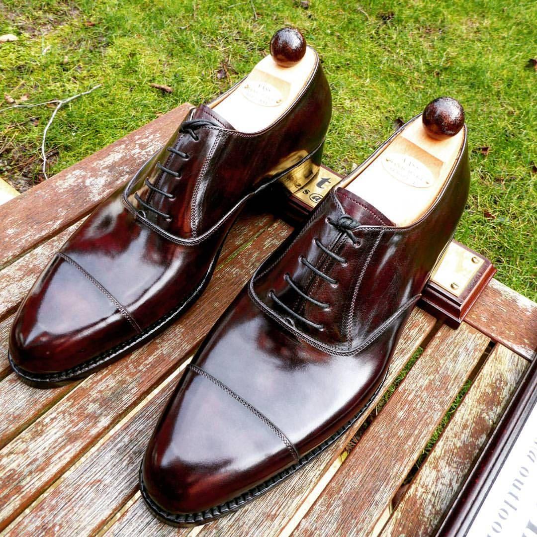 Pin de Alejandro Ramos en zapatos | Zapatos de lujo, Zapatos