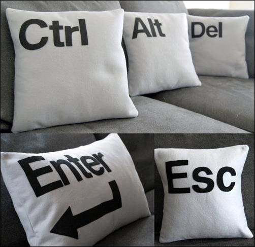 ctrl, alt, del enter, esc pillows   geek home   Pinterest ...