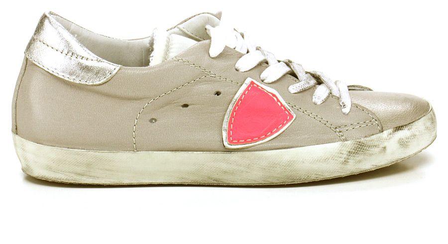 Sneaker in pelle con suola in gomma. COLORE: GREY\FUXIA REPARTO: Donna STILISTA: PHILIPPE MODEL PARIS