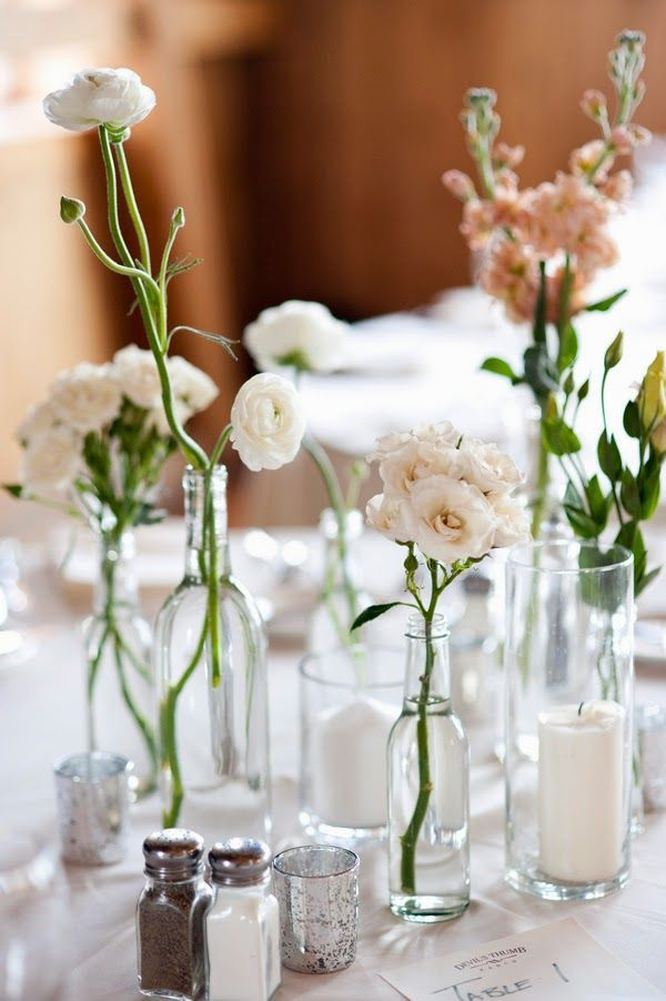Schlichte Tischdeko Zur Hochzeit L Verschiedene Flaschen Und