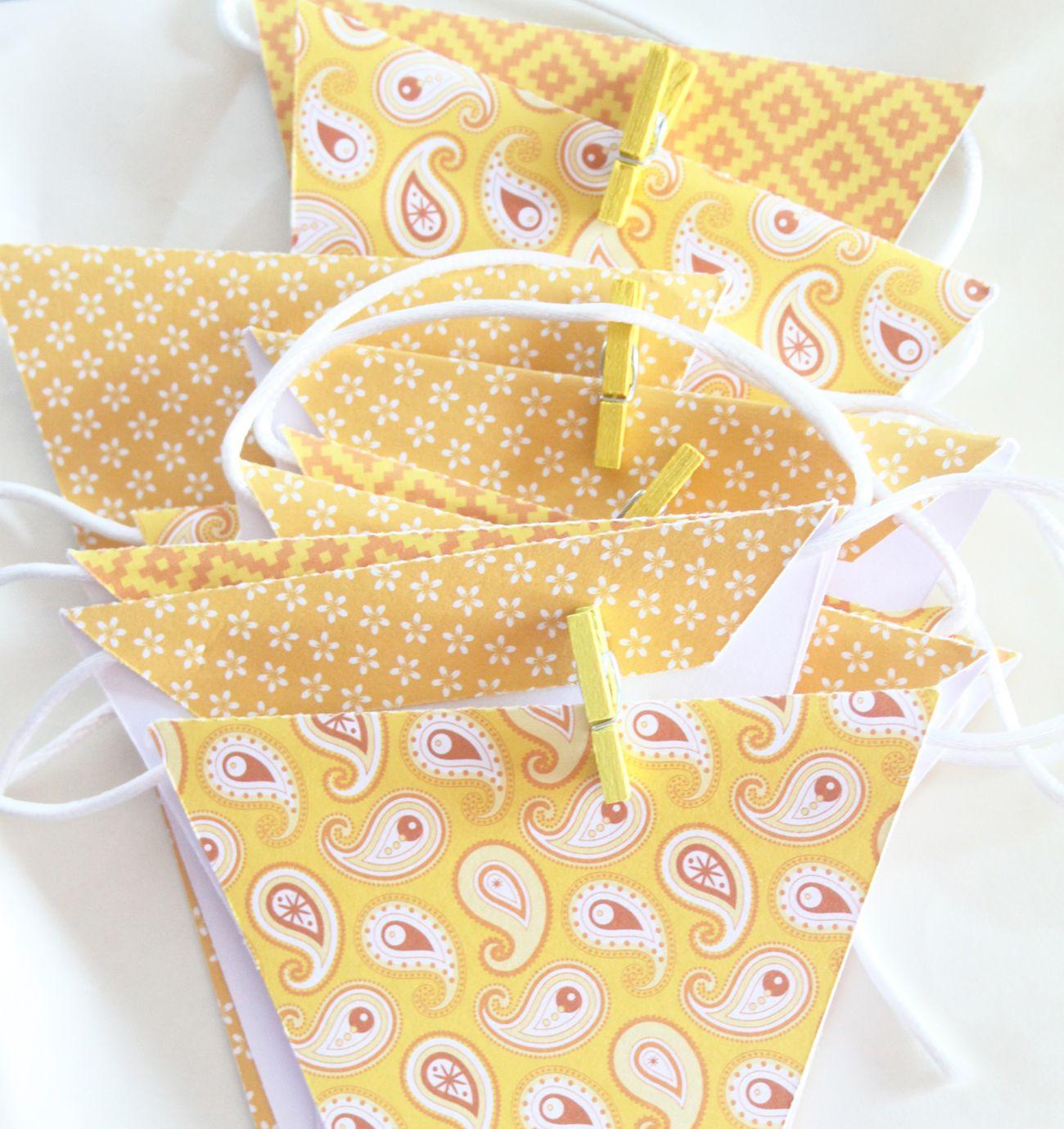 #banderines #papel #amarillo #scrpa #cumpleaños #fiesta