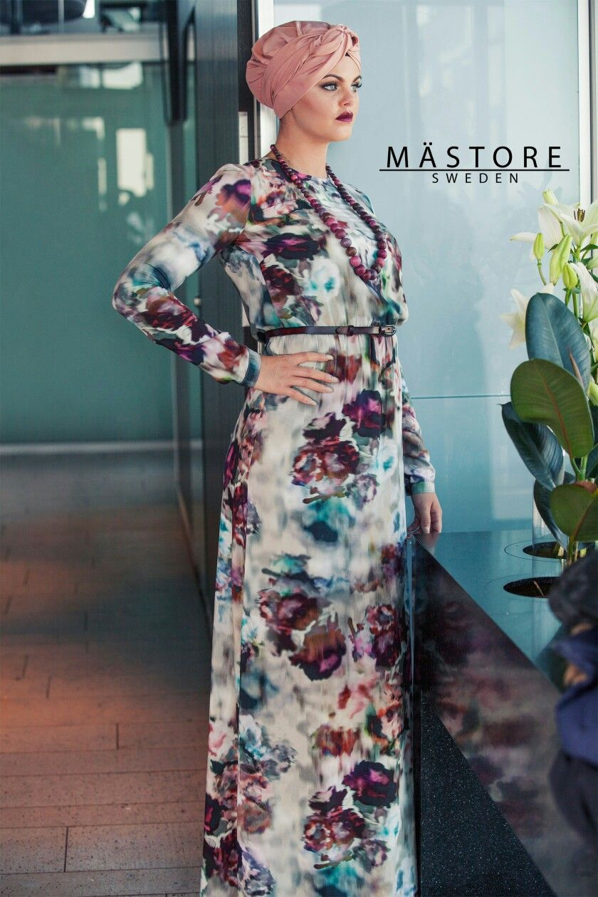 Floral print maxi dress #turban #hijabfashion #modestfashion #mästore #houseofmastore #stockholm http://houseofmastore.com