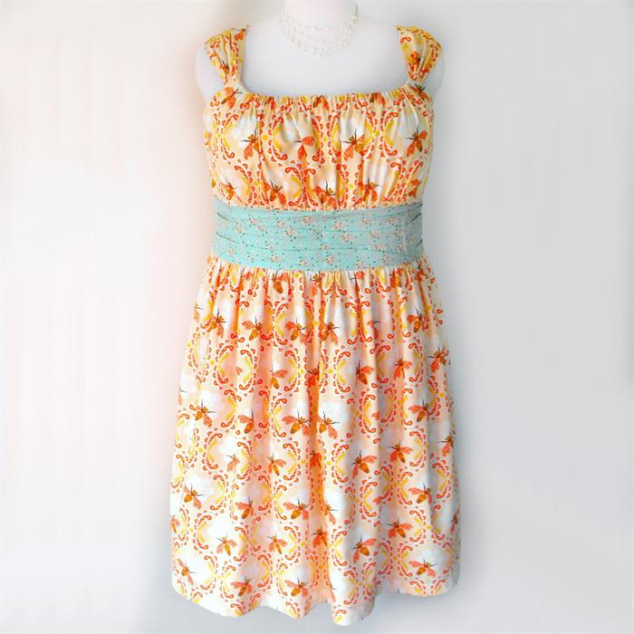 Ladies Dress, Jamie Dress, Retro, 50s Style, Bees, apricot, Plus Size