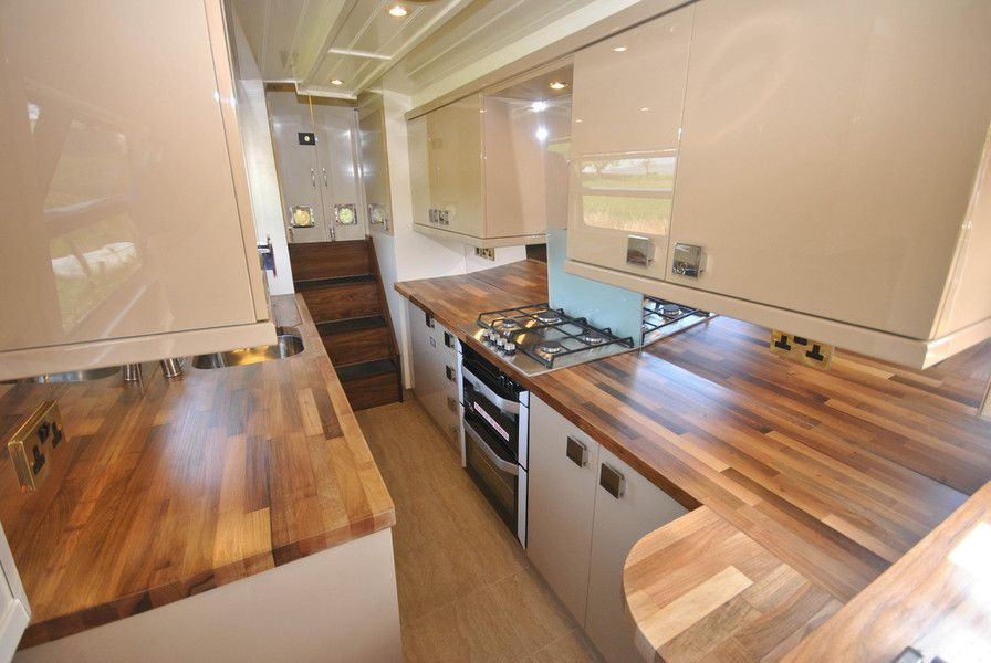 narrowboat for sale,bespoke narrowboat,boat builders,canal time