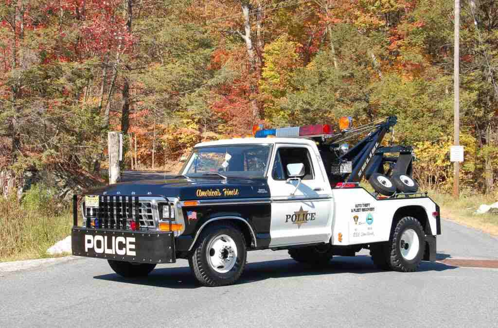 Police Wrecker Tow Truck Police Truck Ford Pickup Trucks