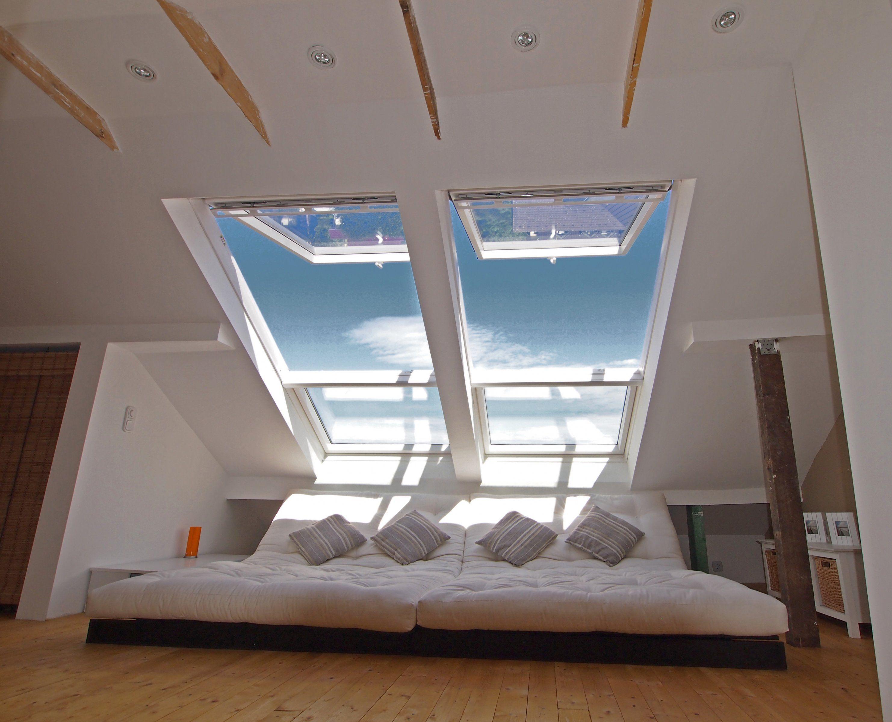 Wohnzimmer Chillen unterm Dach Gründerzeitschatztruhe in 4