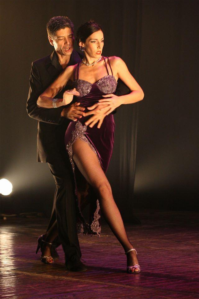 Tango tits up