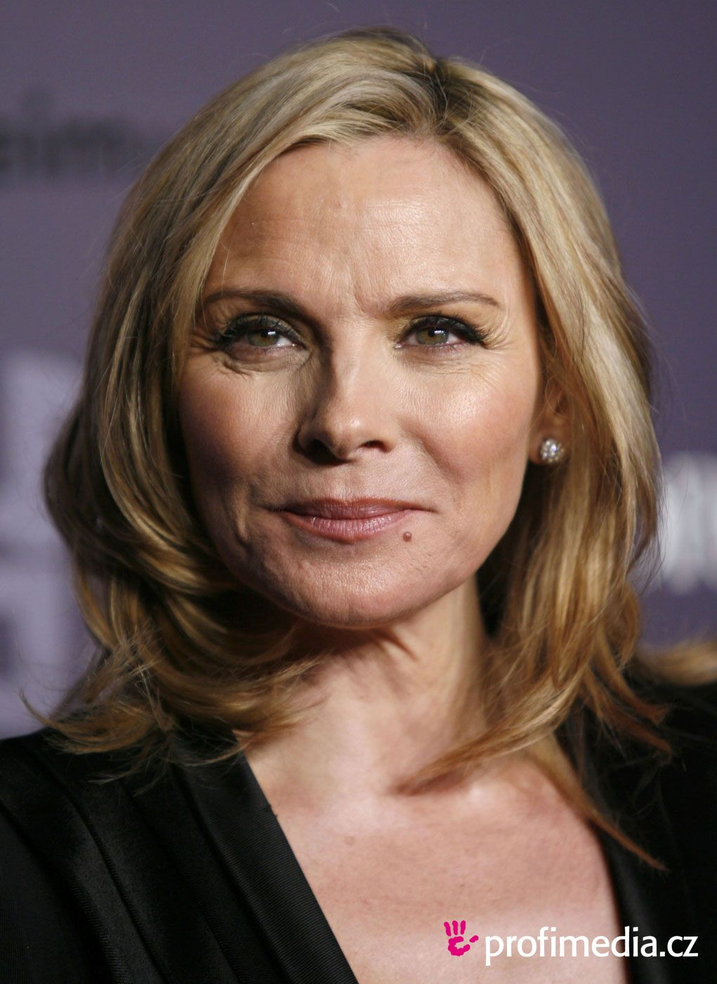 Kim Cattrall | Women Aging Gracefully | Kim cattrall, Hair ... Kim Cattrall