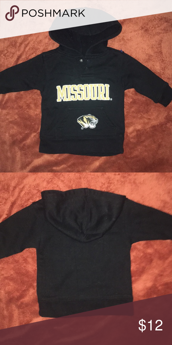 44b4d500458 Great quality Missouri and the tiger are stitched Two buttons for easy out Team  Athletics Shirts   Tops Sweatshirts   Hoodies