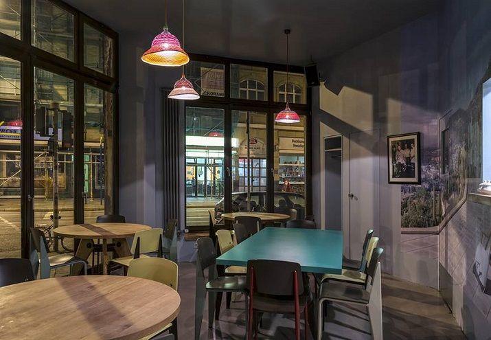 maxie eisen ein vintage restaurant bar in frankfurt bhfsvrtl. Black Bedroom Furniture Sets. Home Design Ideas