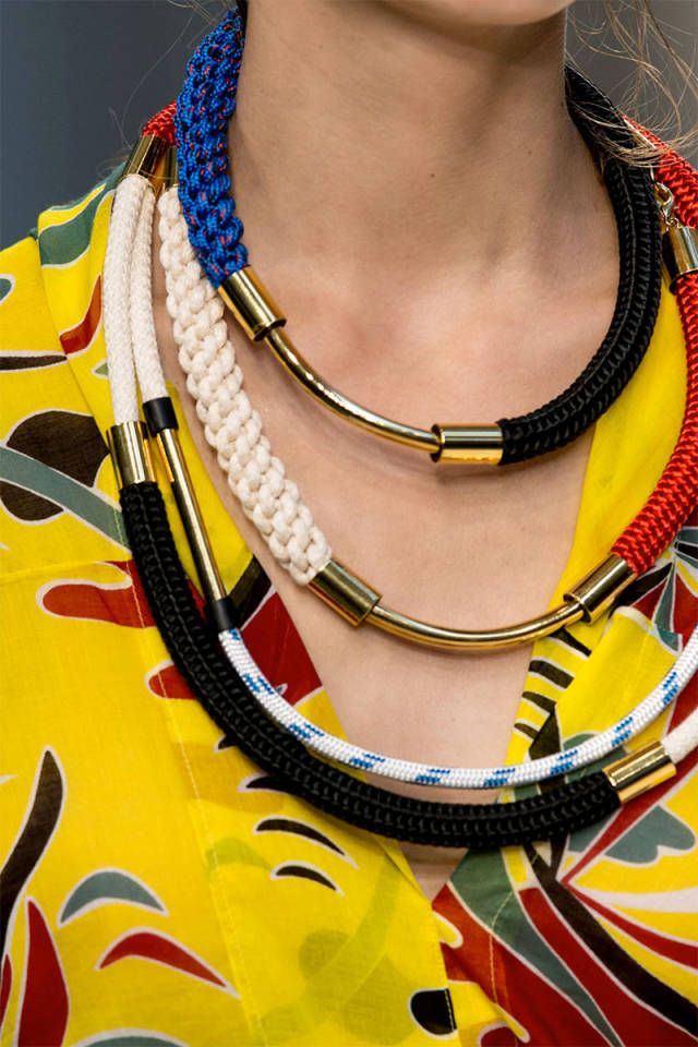 The 8 biggest jewelry trends to try in 2015.