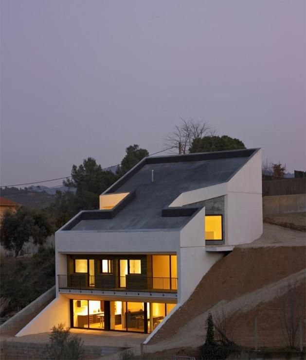 Concrete House Embedded In The Slope Concrete House Slope House Architecture House Small house design on hill slopes