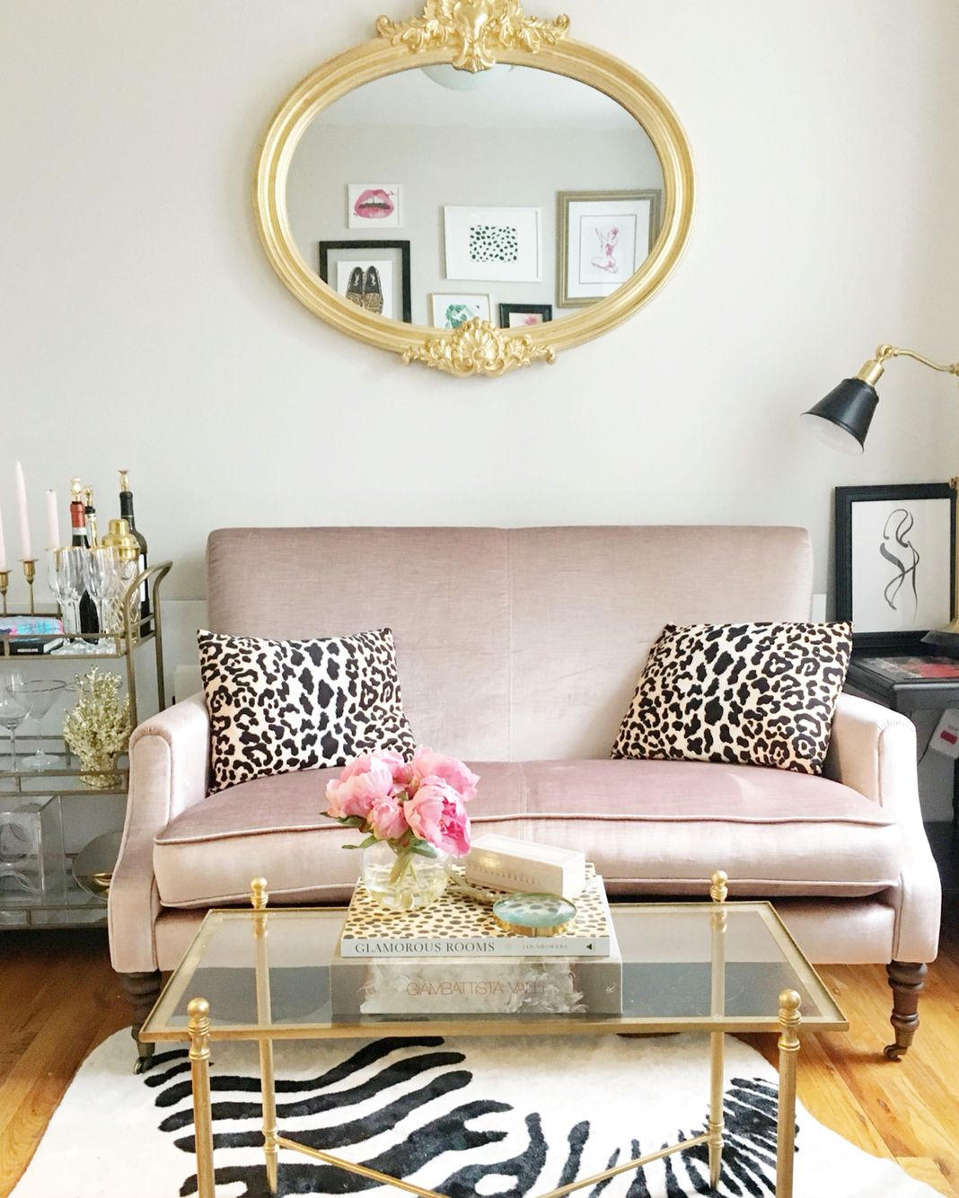 Small Nyc Apartment Living Room Ideas: Chloe Livingston Design Living Room Decor In A Small New