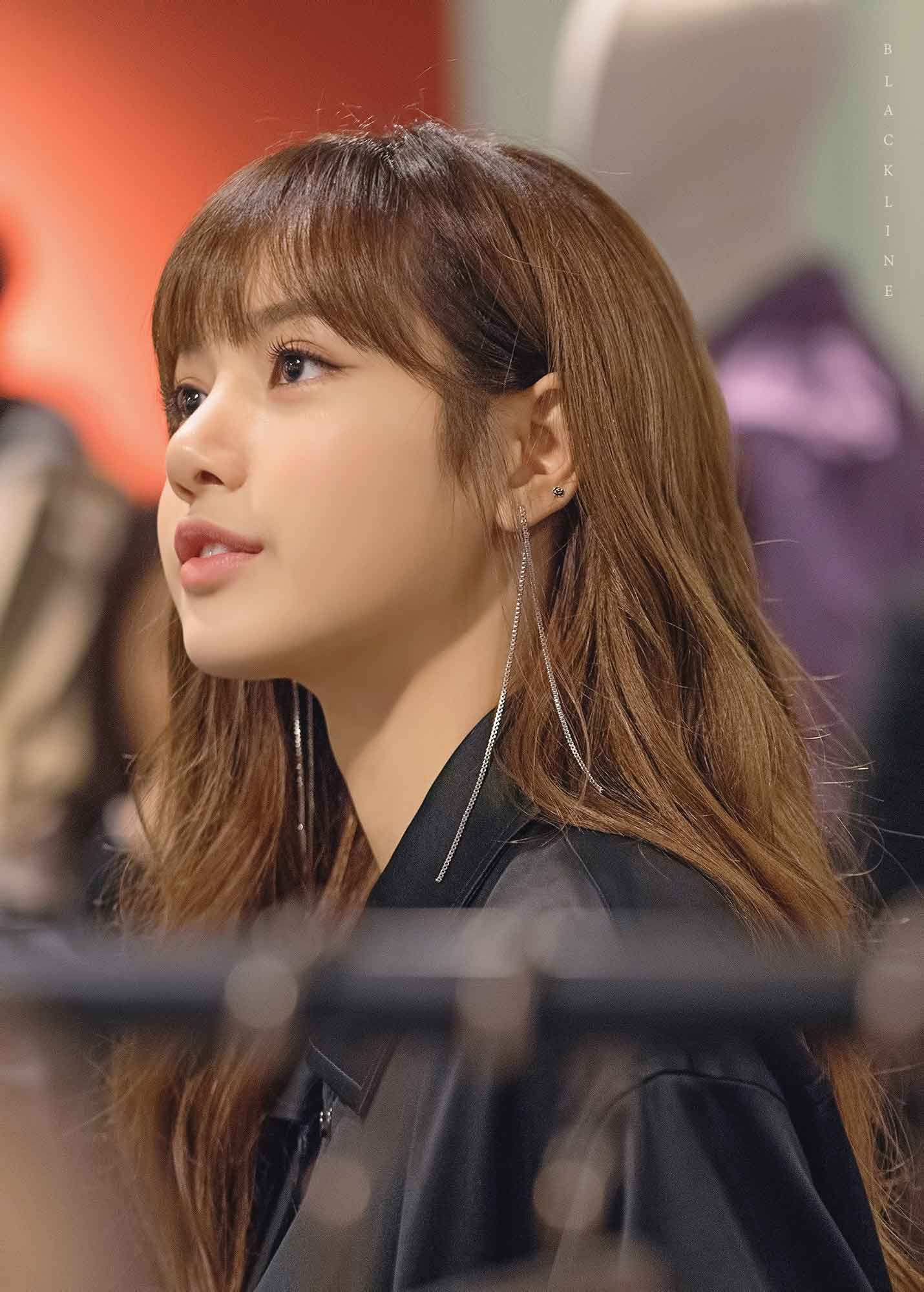 15 Female Idols Who Look So Flawless With Bangs You Might Want To Try Them Too Koreaboo Blackpink Lisa Beauty Hair Styles