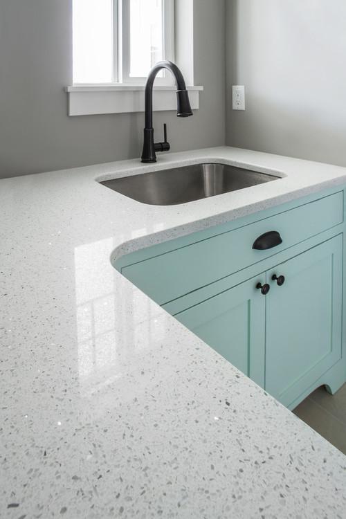 Sparkling White Quartz Countertops White Quartz Natural Quartz Https W Quartz Kitchen Countertops White White Quartz Countertop Quartz Kitchen Countertops