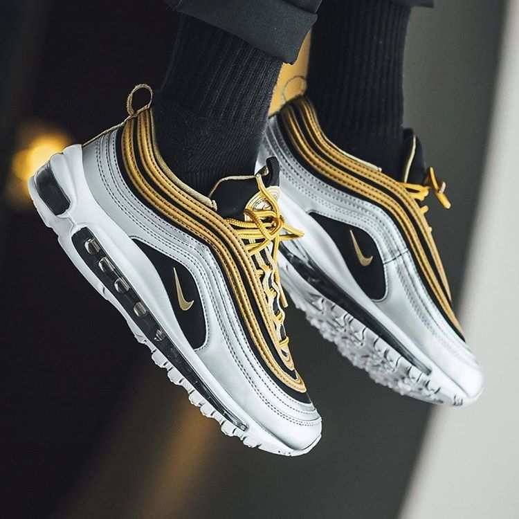 """afb8eb4c6a Sneaker Freaker no Instagram: """"What's your 97 of the Year? . 📸: @titoloshop  . . . . . . #sneakerfreaker #snkrfrkr #airmax #nike #airmax97"""""""
