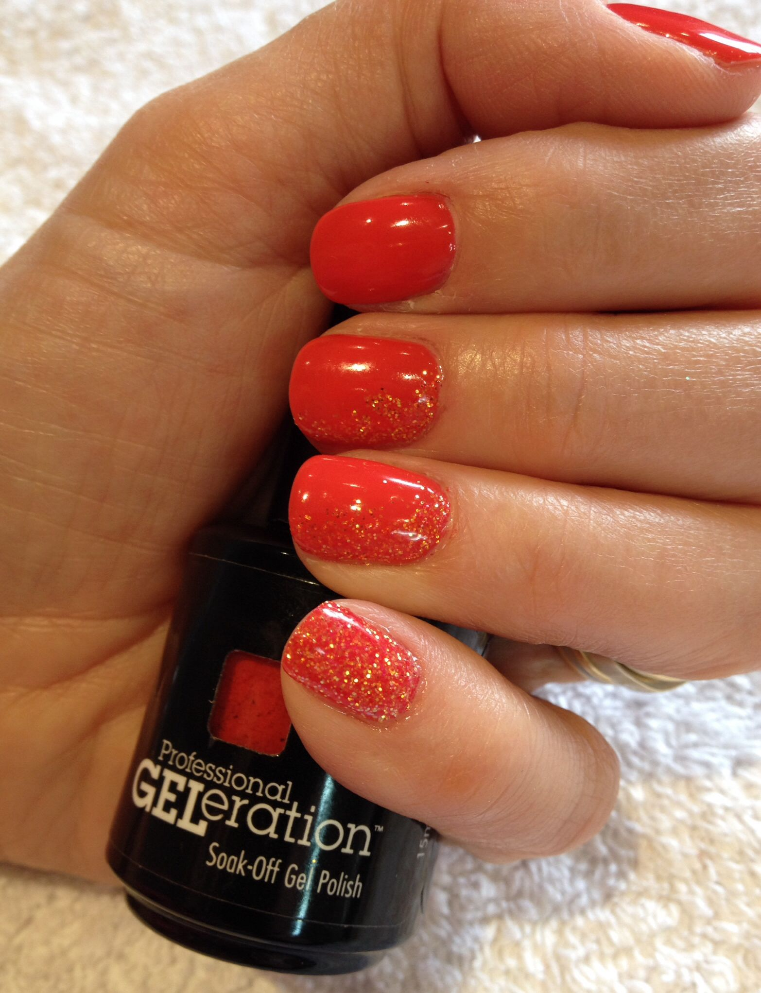 Orange nails with ombré glitter. The perfect holiday nails Jessica ...