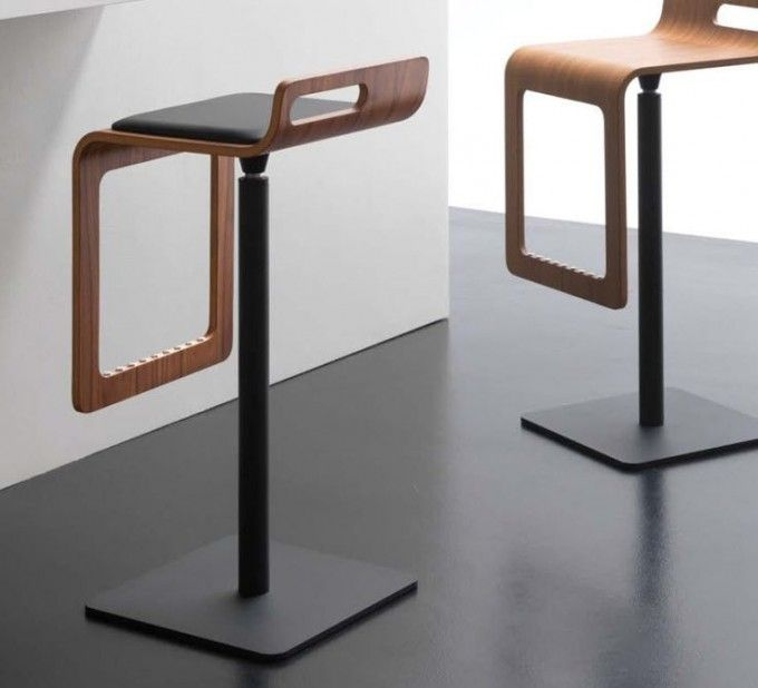 24 Modern And Elegant Kitchen Bar Stools To Inspire You : Striking Bar  Stools With Black