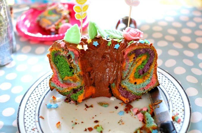 Meine Mädels sind jetzt 7 Jahre alt! Es gibt bunten Papageienkuchen. | HEDI | Bloglovin'
