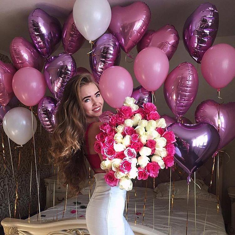 Гиф с пожеланиями на день рождения подруге интересные